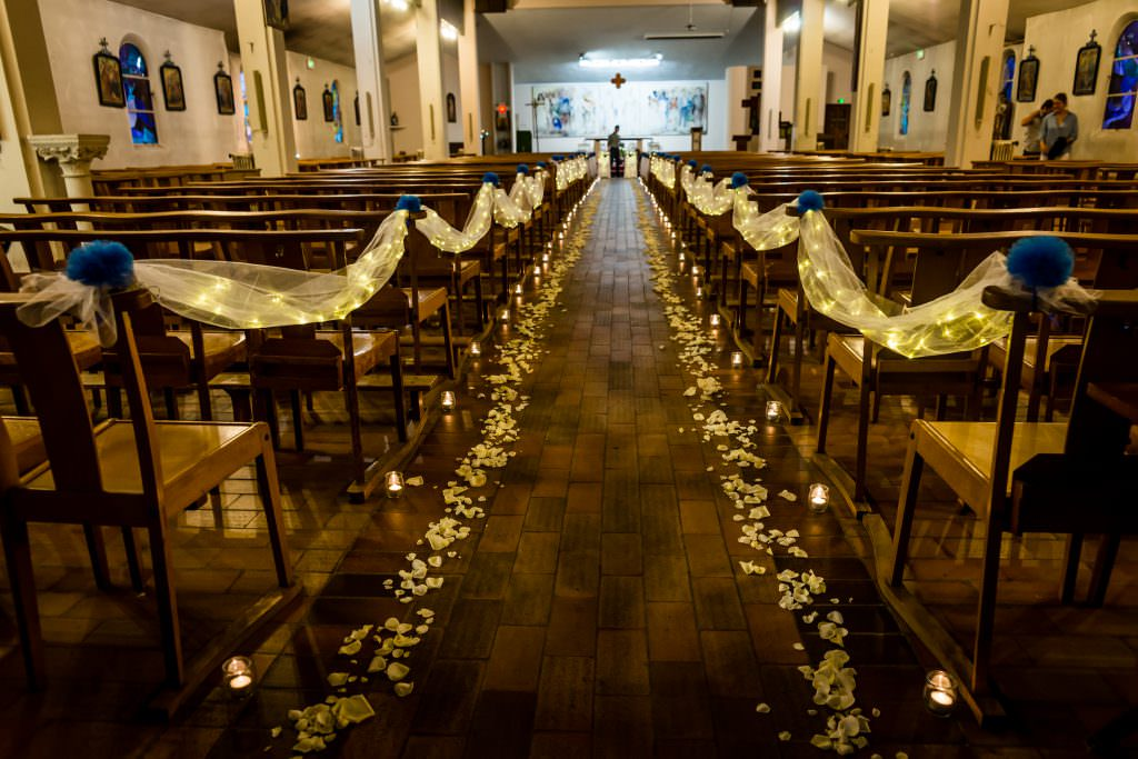 Corrine and Damien - Church wedding decoration- Alliance Rêvée