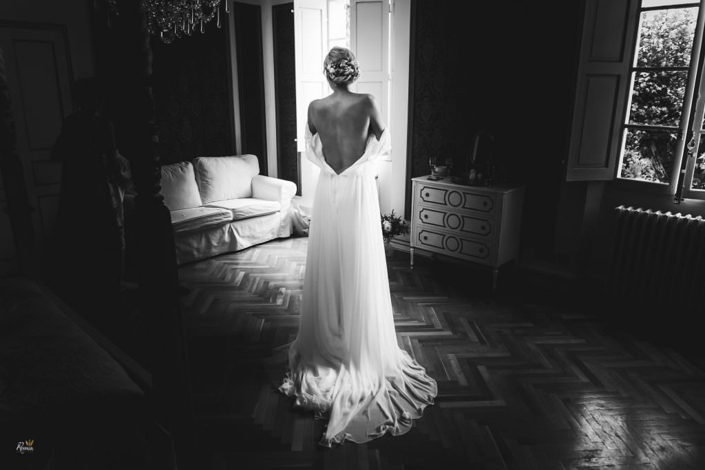 Mariage provence- Habillage Mariée- Alliance Rêvée