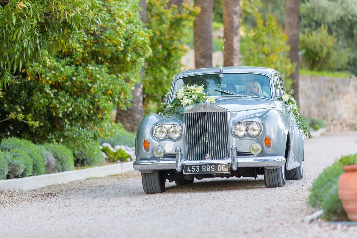 Rolls Royce -Mariage dans un château de la Côte d'Azur - Alliance rêvée