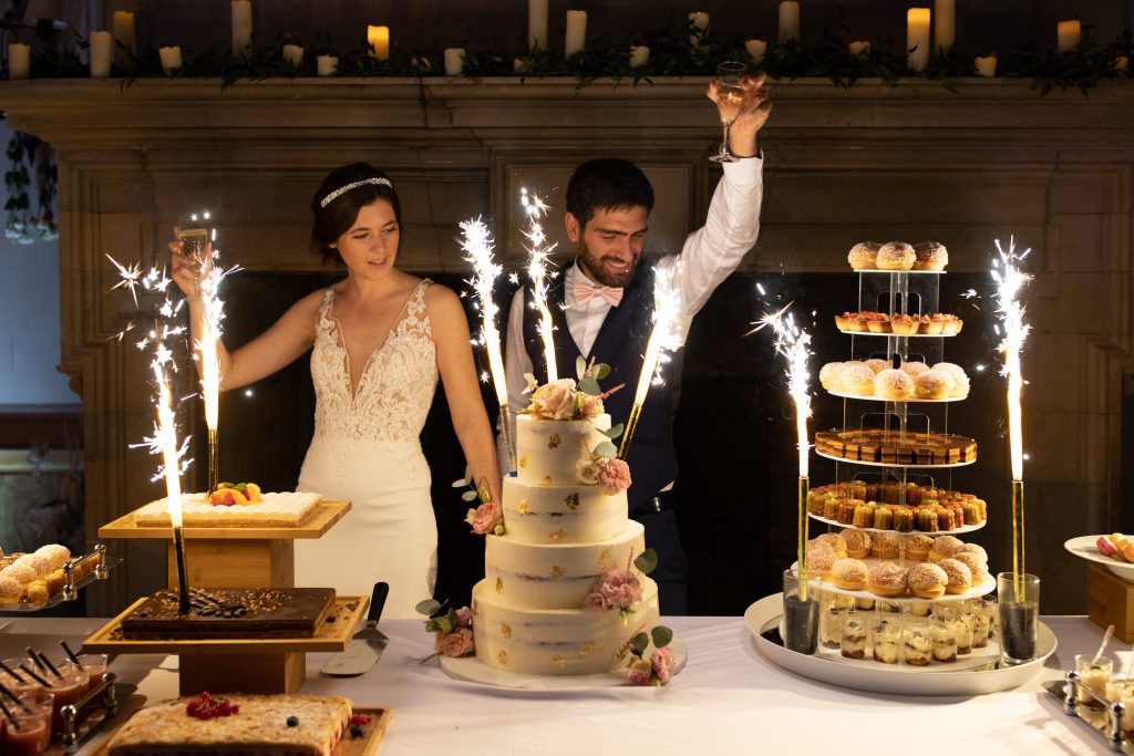 Lea and Mehdi's dessert buffet with sumptuous Naked cake