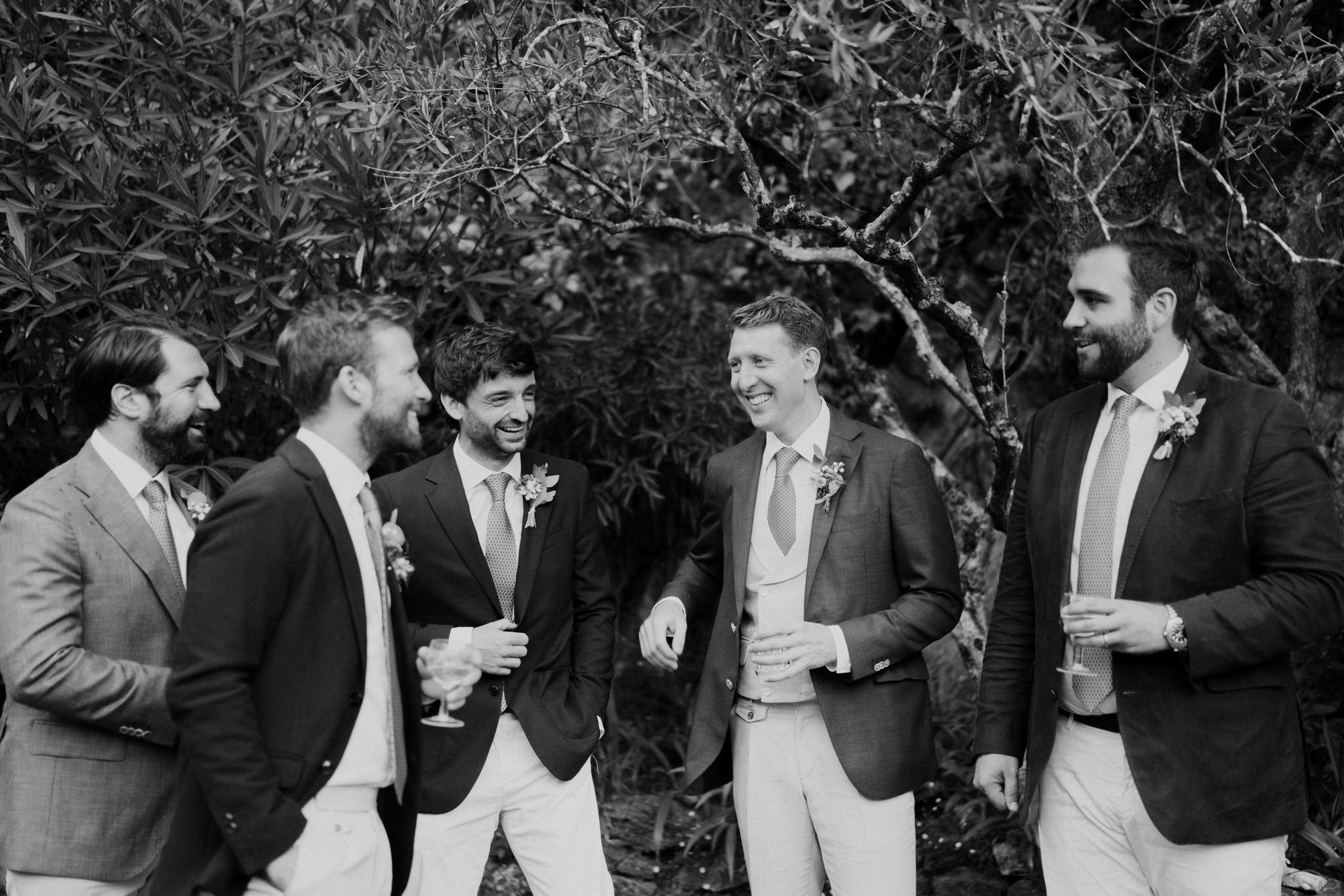 Le marié et ses garçons d'honneurs