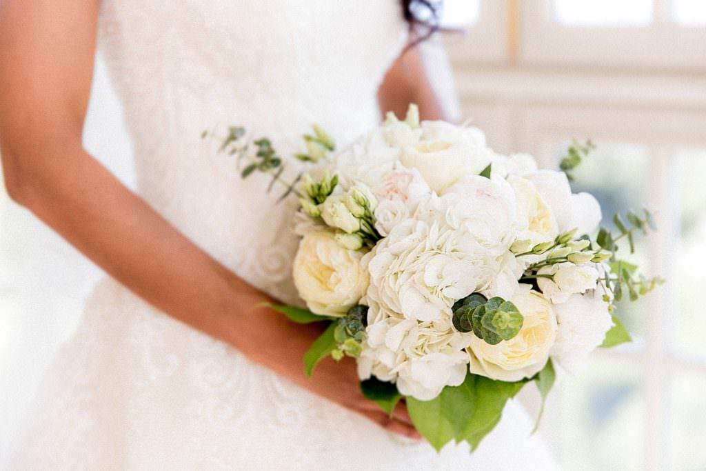 Bouquet de mariée blanc romantique- Alliance Rêvée