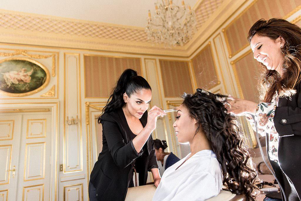 Préparatifs maquillage et coiffure mariée- Alliance Rêvée