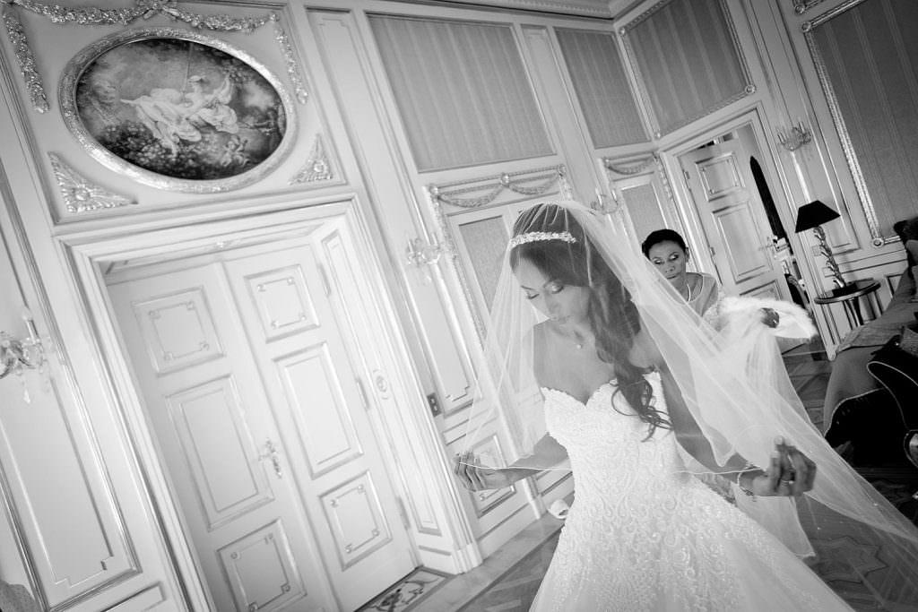 Mise en place du voile de la mariée- Alliance Rêvée