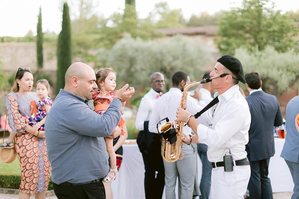 Ambiance cocktail avec Saxophoniste