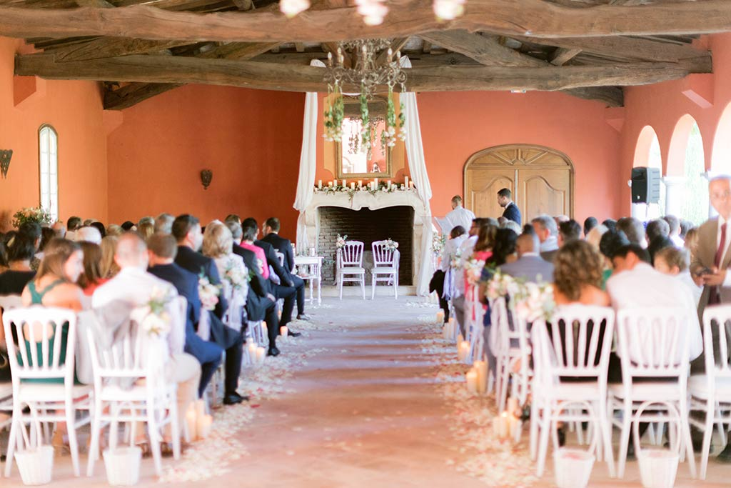 Destination wedding ceremony between the French Riviera and Provence