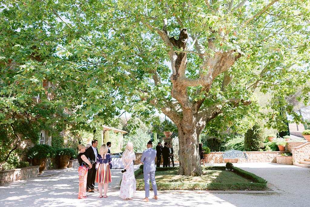 Destination wedding between the French Riviera and Provence