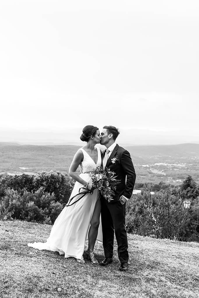 Margaux et William mariage dans leur propriété privée - Alliance Rêvée