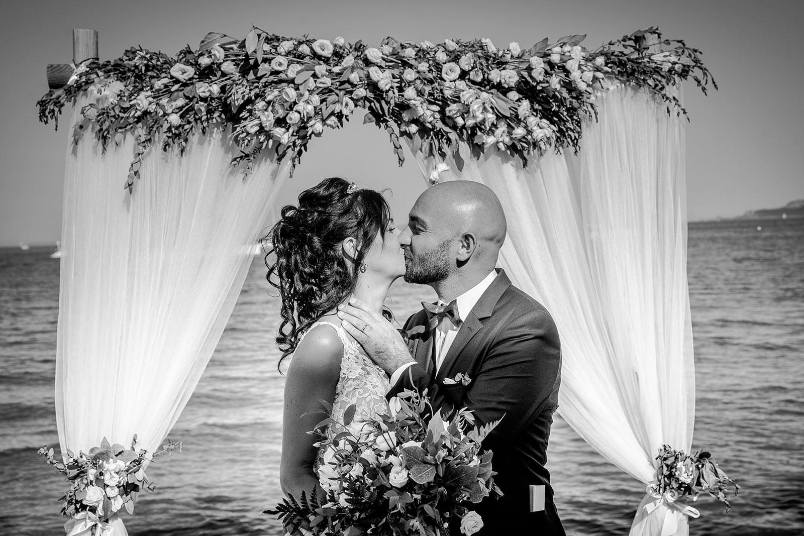 Baiser des mariés - Coralie et Nicolas